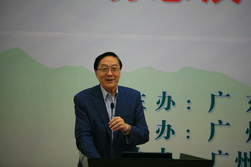 张凤楼理事长